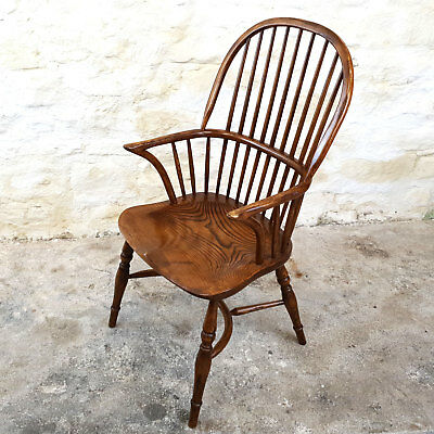 C18th Style Windsor Hoop & Spindle Back Elm & Ash Country Armchair (Carver)