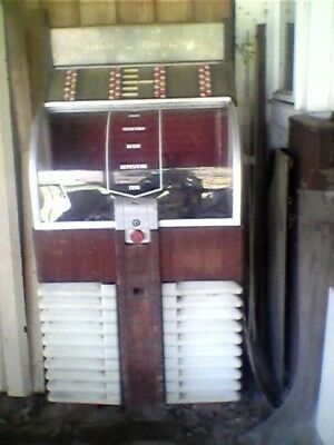 Ami D-80 Jukebox Needs Restoration