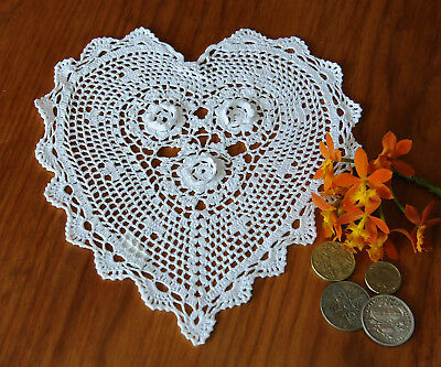 Fine Yarn Hand Crochet Heart Shape 3D Flower Cotton Doily Doilies 20x23CM White