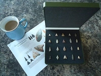 20 x Quality Miniature Neolithic Arrowheads in Display Case - 4000BC - (W030)