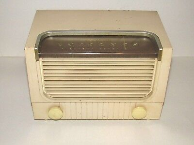 RCA Victor Tube Radio AM Model 2X62 Rare Vintage 1952