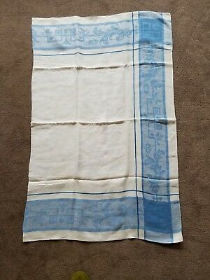 """Vtg White Irish Linen Damask Tablecloth in Blue and White; 52"""" wide x 65"""" long E"""