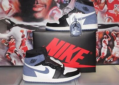 half off a755e 63c2a New DS Nike Air Jordan 1 Retro High OG Blue Moon Hand Size 13 555088-