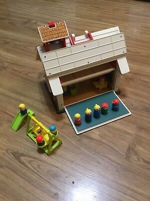 Vintage Fisher Price School House With Little People 1971