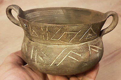 Very rare pottery Celtic drinking cup circa 600-400 BC. RESTORED