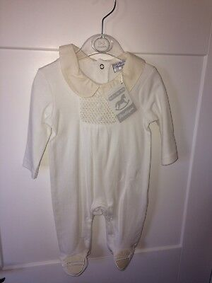 unisex baby grows 0-3 months