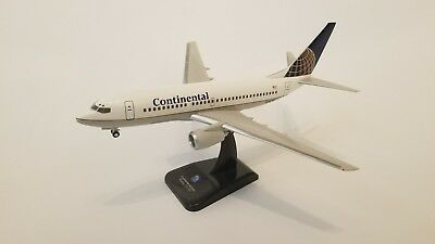 Hogan 1/200 Continental 737-700 N24702 HG1462