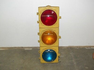 "8"" Aluminum 3 section Marbelite Incandescent Traffic Signal Light wired & works"