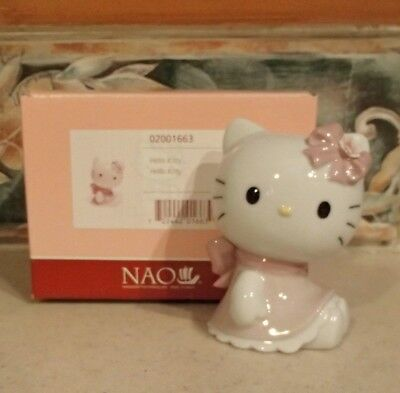 "NAO by Lladro #1663 ""Hello Kitty"" figurine Hello Kitty Collection - MIB,RV$90"