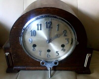 Vintage 3 Chime Mantle Clock. - Patent 421434 - See description for condition