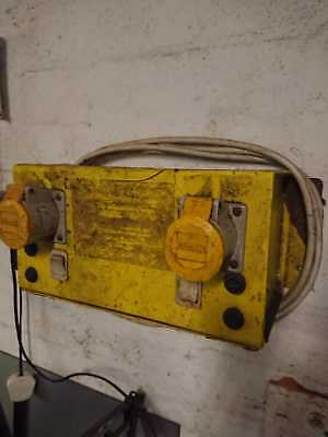 110 volt wall mounted yellow transformer for tool site safety
