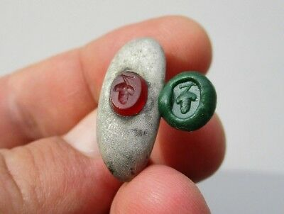solid ancient Roman silver carnelian intaglio ring, and carved a bunch of grapes