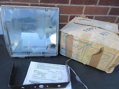 Crompton Galaxy 100W Outdoor Floodlight Bnib Nos Gf100Mbi Industrial Quality