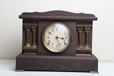 Vintage Antique Wooden pillar mantle clock ~ USA ~ with key stamped E C