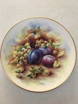 """ROYAL CROWN DUCHY BONE CHINA GRAPES PLUMS Fruit Plate 8"""", signed D Wallace VGC"""