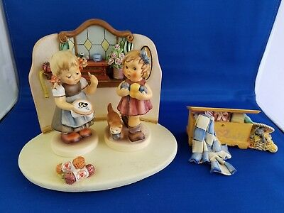 MI Hummel - Bee Hopeful, Little Knitter with Quilting Bee scape & Sm Hope Chest