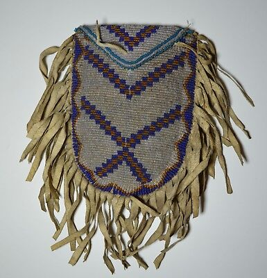 Fine Native American Indian Plains beaded pouch