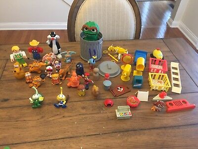 Vintage Fisher Price Playskool Little People Snorks Garfield Sesame Toy Lot