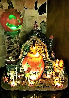 Brand New THE MAD PUMPKIN PATCH 75172, Lemax Spooky Town Animated Halloween