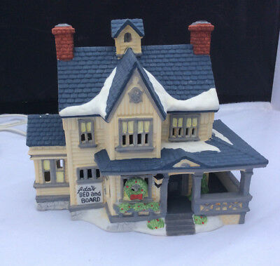 Dept 56 New England Village Ada's Bed and Board  lighted building original box