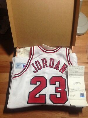 b10aab76327 Michael Jordan UDA Upper Deck Signed Autograph Champion Game Issued Jersey  95-96