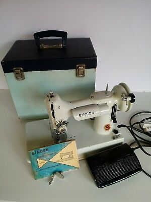 Vintage Singer 221k Featherweight Sewing Machine White inc Carry Case Booklet