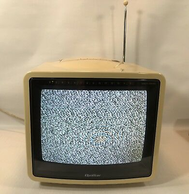Vintage 1980s Quasar Portable Color Swivel TV Retro Gaming Rig Works Clean NR