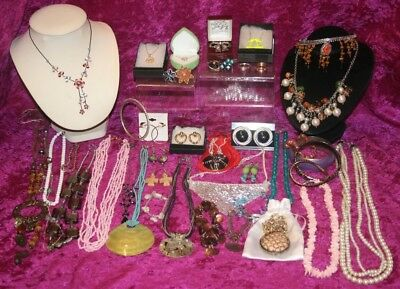Large Job Lot of Beautiful Costume Jewellery, Vintage and Modern, Some boxed.
