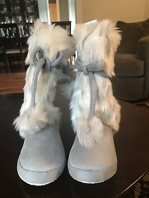 NEW Pottery Barn Teen Slippers. Size Small