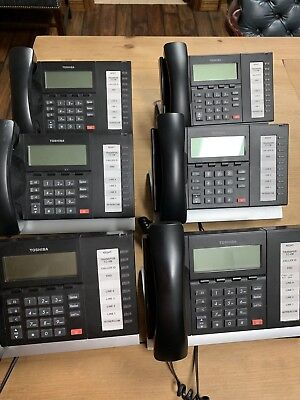 Toshiba Strata phone system with 6 Phones