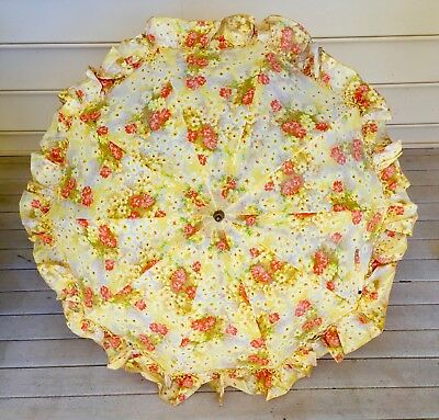 Awesome Vintage 60s Yellow Mod Floral Ruffled PK Umbrella MADE IN USA!
