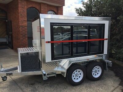.8 X 5 Foot -  Mobile Trailer - Portable walk in - Cool Room - Display Room