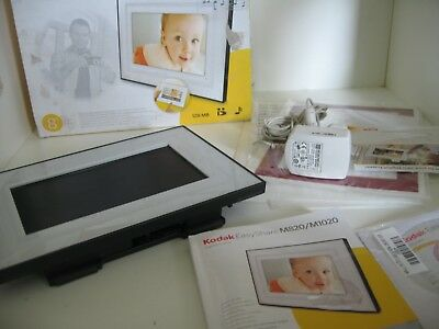"Kodak EasyShare M820 Digital Frame 8"" - boxed with power + instructions"