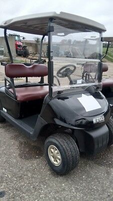 EZGO RXV Electric golf buggy