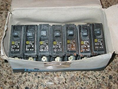 5 Square D  HomeLine  Single Pole  20 amps Circuit Breakers NEW (also 2 - 30 amp