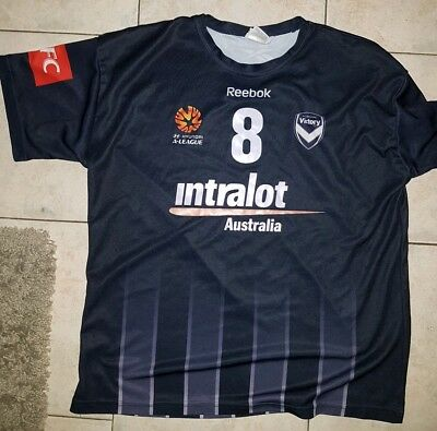 ** OFFICIAL A-LEAGUE Melbourne Victory Training Jersey Size Lge **