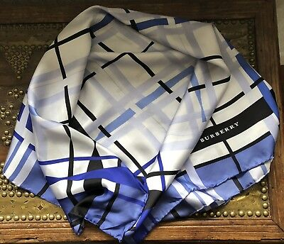 Smart Vintage BURBERRY Of London Classic Check Large Silk Scarf