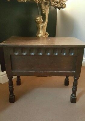 vintage sewing box / mini coffer