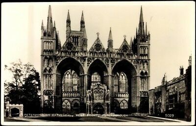 Ak Peterborough East, Westfront of the Cathedral - 336977