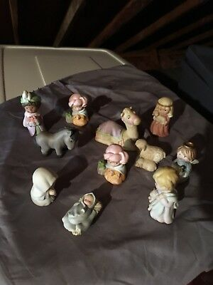 Avon Heavenly Blessings Nativity Collection (1986-1988) 11 Piece Set