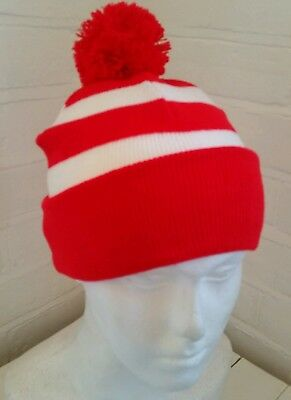 Retro traditional style red white Welsh rugby league union bobble hat one size