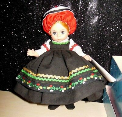 MADAME ALEXANDER FINLAND 561 DOLL 1980s WITH BOX AND TAG  LOVELY 7.5""