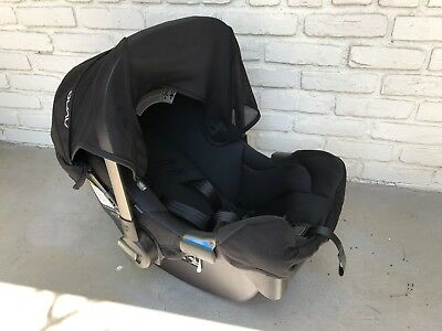 Pre-owned NUNA PIPA CAR SEAT BLACK - Great Condition