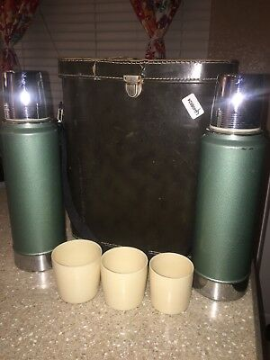 Vintage Stanley Aladdin Double Thermos Set Leather Carrying Case W/ Cups A-944B