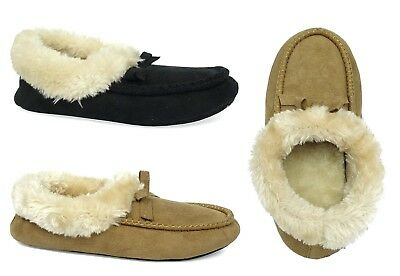 Lots of women's house slipper various designs durable rubber bottom house shoe