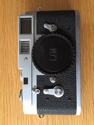 Leica M2 35mm Rangefinder Film Camera Body Only