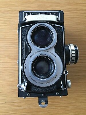 Rollieflex TLR camera, Xenar 75mm F3.5 lens, Leather case