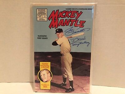 Signed By 3 Artists - MICKEY MANTLE #1 Issue Comic Book -  Dec 1991Magnum Comics
