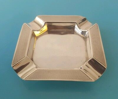 Superb engine turned design Solid Silver Ashtray - G.A.C. London  1932 49 Grams
