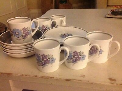 Susie Cooper 6 x x Tea cups, plates and saucers